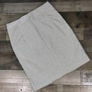 Ann Taylor Gray White Striped Pencil Skirt Size 4